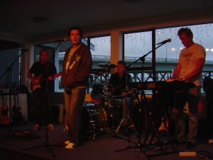 The Groovediggers in concert